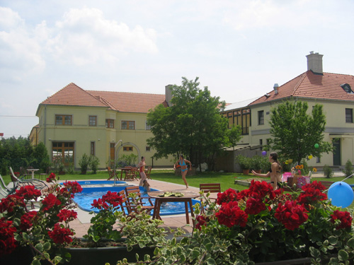 Apartman, Pension fertőd